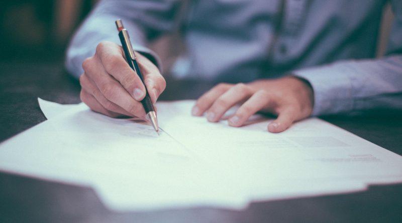 Diretoria da Celesc assina acordos coletivos